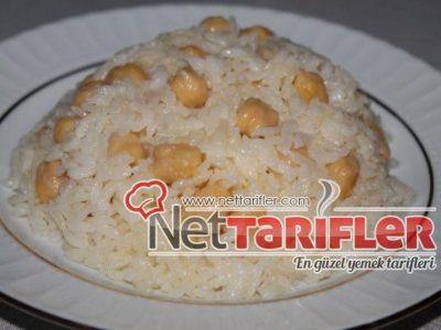 Şehriyeli Nohutlu Pirinç Pilavı