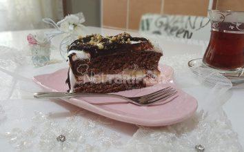 Pratik Yaş Pasta Tarifi